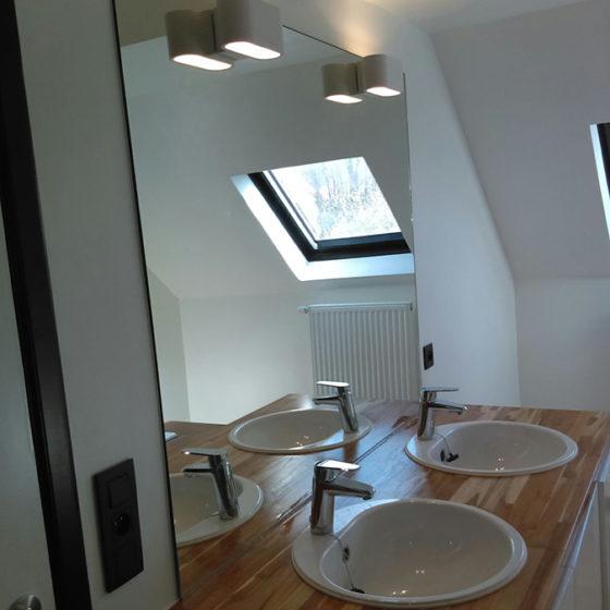 Miroiterie Leys and Fils - lavabo luminaire
