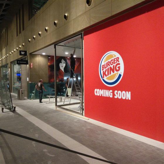 Miroiterie Leys and Fils - Création des vitrines pour Burger King Centre commercial Rive Gauche